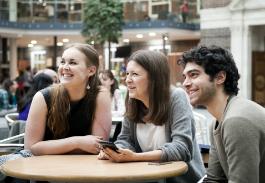 Uni_Students_Quad_265X183.jpg