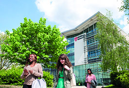 Middx Uni Hendon Campus outside in Summer RB 14 (150).jpg