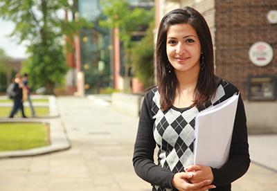 student-presenter-opportunity.gif